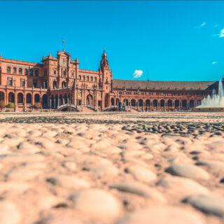 Machen Sie mit Hakotrans ganz einfach Ihren Umzug nach Sevilla