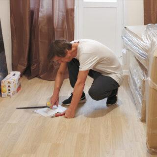 Mudanzas con montaje y desmontaje de muebles en Hakotrans