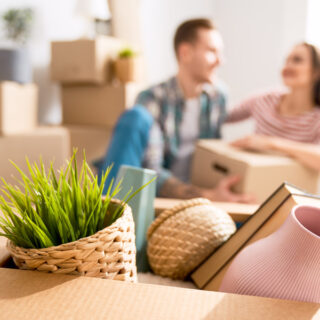 Learn how to organize a move to another country